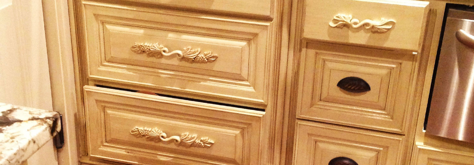 Cabinet & Furniture Accessories