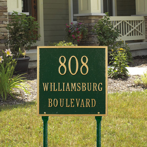"11""W x 11""H Square Three Line Lawn Plaque"